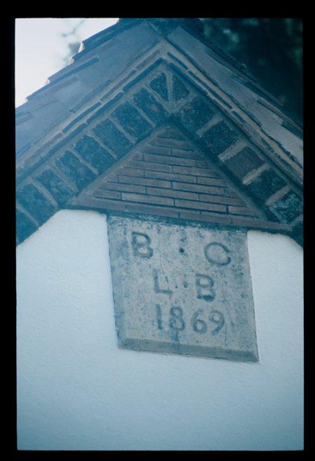 datestone at Bailey Lane End Primitive Methodist chapel in November 2017 | David Hill 06 Nov 2017