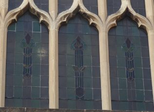 5. 1913 Shepshed Primitive Methodist Chapel, glass, east window | Geoffrey Oxley 17 April 2019