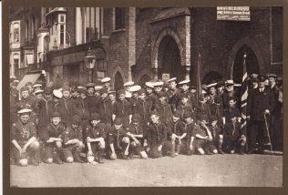 Sea Cadets outside Chapel, 1922 | SLt  (SCC) M T Phillips RNR