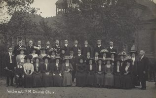 Willenhall Primitive Methodist chapel choir; from an undated postcard but possibly c.1913 | provided by Randle Knight