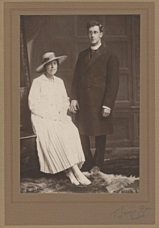 Harold Wright and Thirza wedding photo