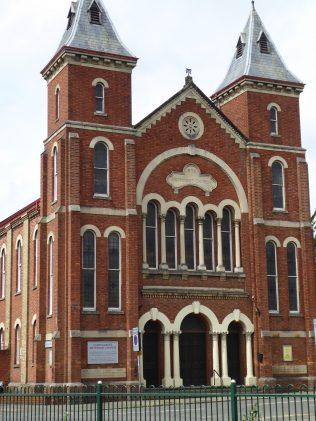 1 Northampton, Kettering Road, PM Chapel, facade, 10.07.2019