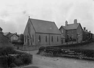 Clun PM Chapel and Manse in the early 1900s | Wiki