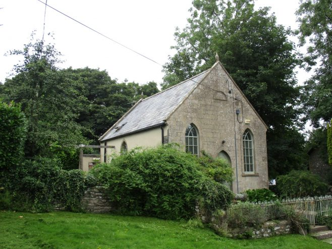 Downhead Primitive Methodist chapel showing single arched  window on side wall.   Christopher Hill August 2021