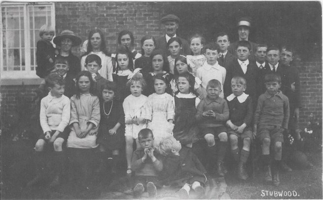 Sunday School outing 1922. Photo: Stubwood Chapel archives