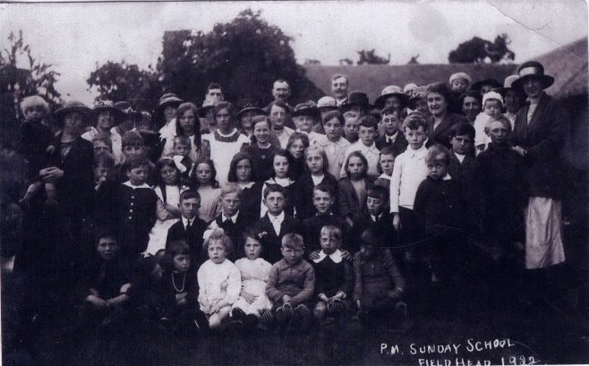 Sunday School outing at Fieldhead Farm 1922. Photo:Stubwood Chapel archives