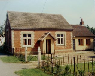 building identified as Honington Primitive Methodist chapel in Keith Guyler's notes - but probably Wesleyan | Keith Guyler 1986