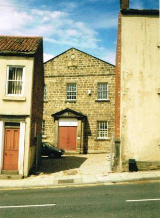 1854 (?) Knaresborough Primitive Methodist Chapel in High Street as it was in 2000. | Keith Guyler 2000