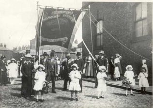 Ebenezer Primitive Methodist Sunday School (Lord Street Sunday School) 1912 Band of Hope gala | Photographer unknown (not copyright)