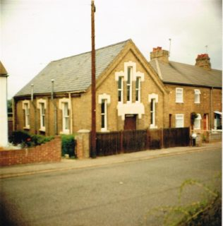 Wyboston Primitive Methodist chapel in 1984   Keith Guyler 1984