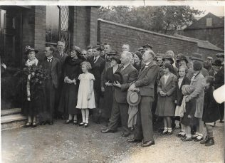 Significant event at Heather Primitive Methodist chapel. Enid Cooper is the girl in the White dress. | with kind permission of the Ibstock Historical Society; copyright remains with the original donor