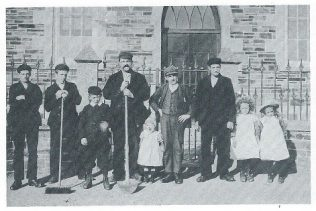 Broad Lane Primitive Methodist chapel members c1900