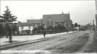 Bourne Chapel looking towards Longton. | Archive postcard.