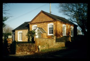 Chapel converted to a dwelling - January 2006 | David Hill