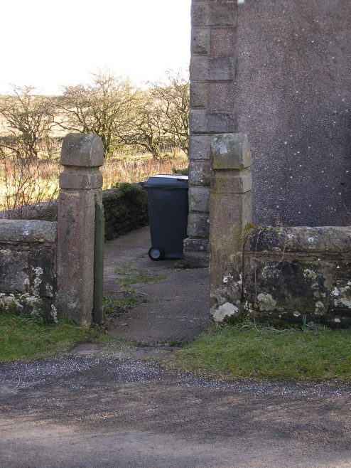 Clesketts PM Chapel gateposts, 6.3.2016 | G W Oxley