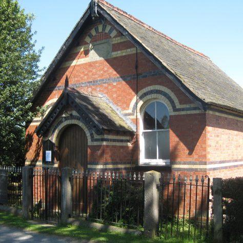 Deuddwr PM Chapel Wales