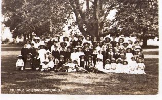 Great Gathering: 1911 | Click on the picture to see it enlarged