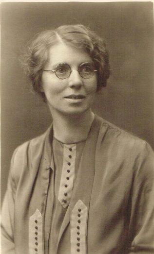 Mrs Leach | Englesea Brook Museum 30f/01