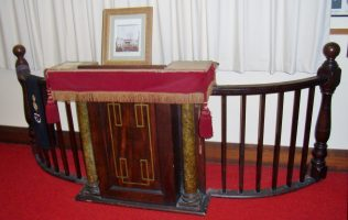 Pulpit and Rail - Collins Street, Hobart | Andrew Wood