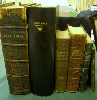 Pulpit Bibles &c Collins Street, Hobart | Andrew Wood