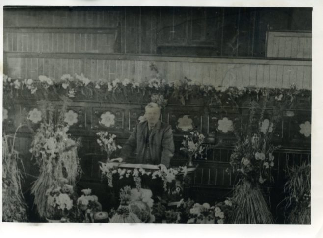 Mr Sam Read preaching at the 1922 Harvest Festival