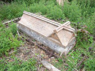 Grave - 8 June 2017
