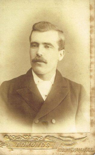 1895-97, Hull