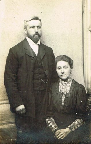 Rev and Mrs Saxton at Hinckley Road, c1905 | Englesea Brook Museum 30k/01