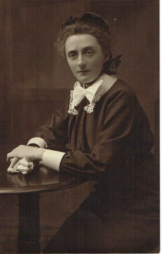 Sister Annie | Englesea Brook Museum 30q/01