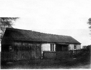 Photo No.1This is the original chapel. Date unknown.The wooden structure to the left was used by the Home Guard during WW2 | By kind permission of Sarah&Tony Garrett