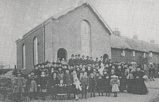 Trowley Hill Primitive Methodist Chapel and its congregation in 1893 | From the late Hilda Flitton's collection