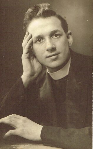 Rev W V Sibson | Englesea Brook Museum 30l/01