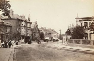 Photo No.2 Chapel Road and Methodist Chapel Worthing 1906   PP/WSL/POO1510 West Sussex County Council Library Service